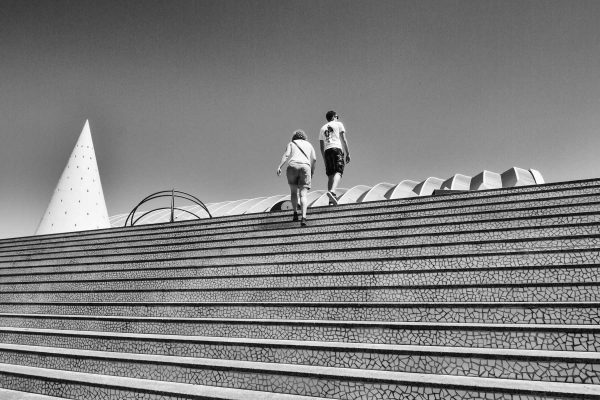 [F180531-8838] WALKING UP THE STAIRS (Valencia, Spain)